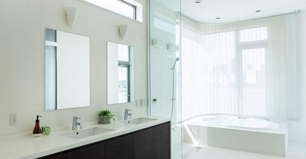 浴室と洗面所がワンルームのサニタリー